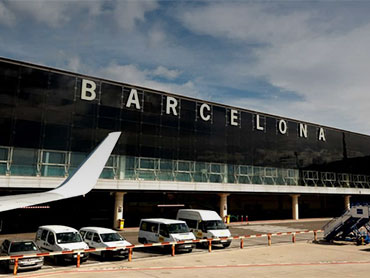 NORDISK TAXI ® offers its special service for the transport of passengers from Barcelona airport.